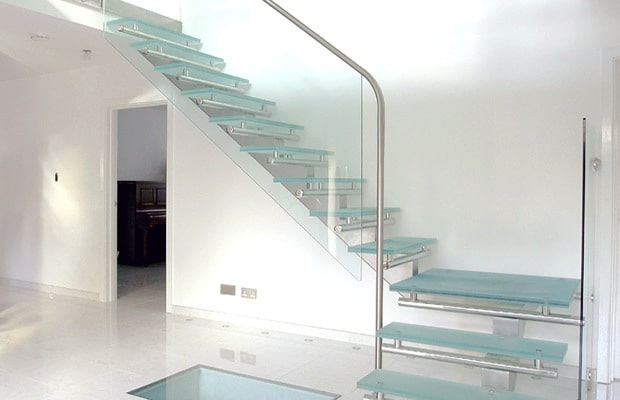 Moderne trappen fotospecial inspiratie tips - Wand trap ...