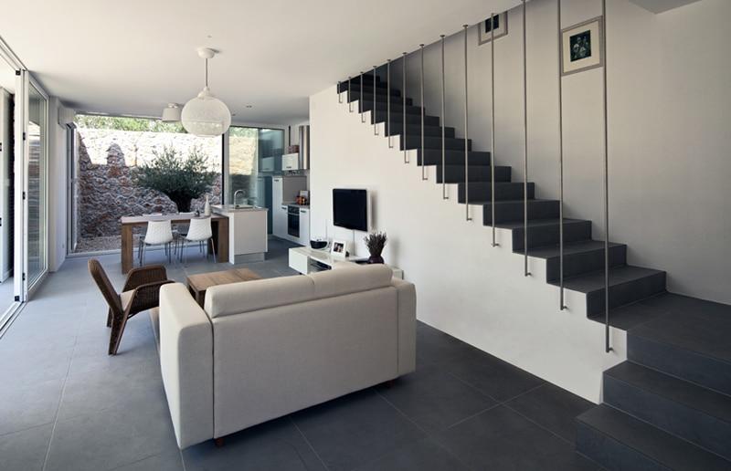 Design trappen realisaties prijs advies design trap plaatsen - Deco woonkamer met trap ...