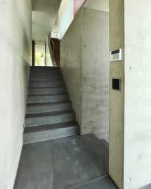betonnen trap plaatsen
