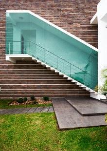 glazen trappen wand