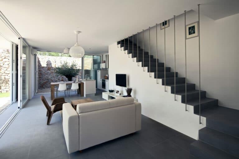 Trap in beton prijs advies tips afwerking betonnen trap - Prijs kwarts werkblad ...