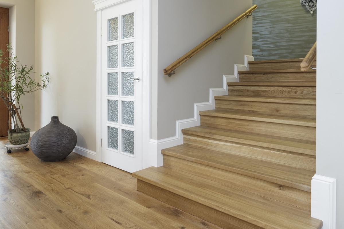 landelijke trappen in hout